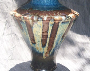 Wide shouldered vase