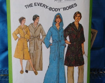 1970s Simplicity 8275 the Every-body robes size medium or chest 35-36.5  inches 3b2c1b77c