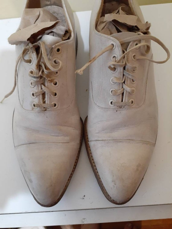 1930s Mens white captoe oxford shoes size 7.5 to 8