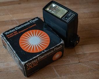 Vivitar 202 Electronic Flash   Film Photography
