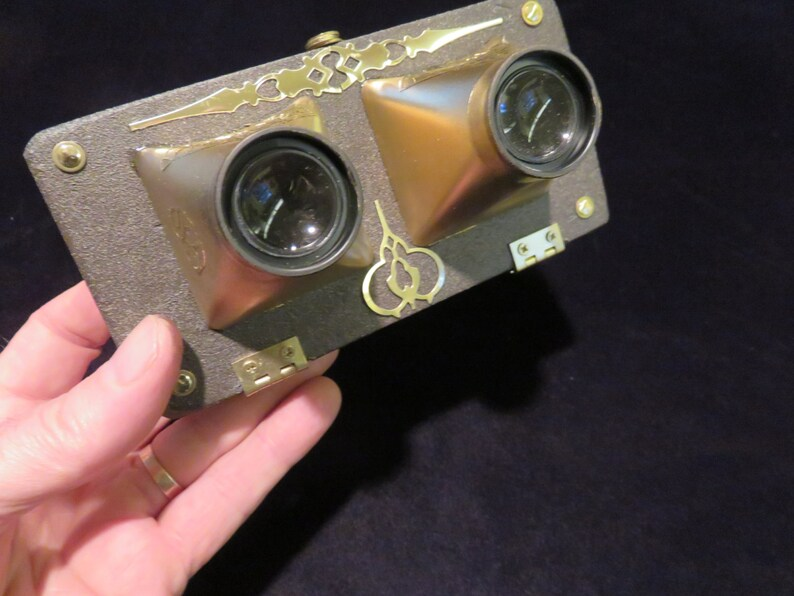 Google Brass, Steampunk virtual reality viewer for Iphone 6 or Galaxy 4-6