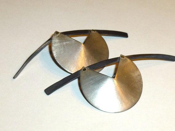 Vintage Modernist Earrings. Large Clip Ons. Signe… - image 2