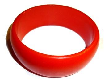 Bakelite Bangle Bracelet.  One Inch Wide. Tested & Guaranteed. 1940s USA. Coral Color Bakelite.