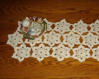 Snow Crystals Table Runner - PA-602 - Crochet Pattern PDF