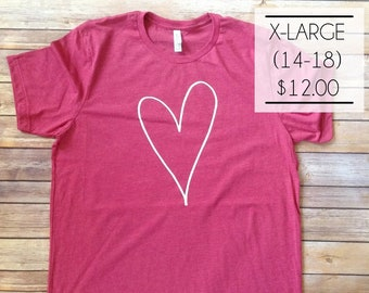 SALE - X-Large Heart Tee on Heather Berry