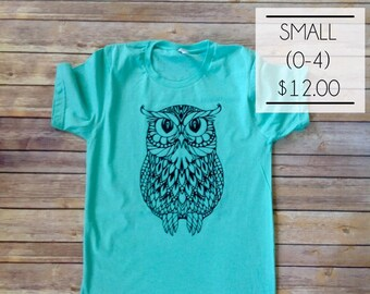SALE - Size Small - Mandala Owl in Heather Mint