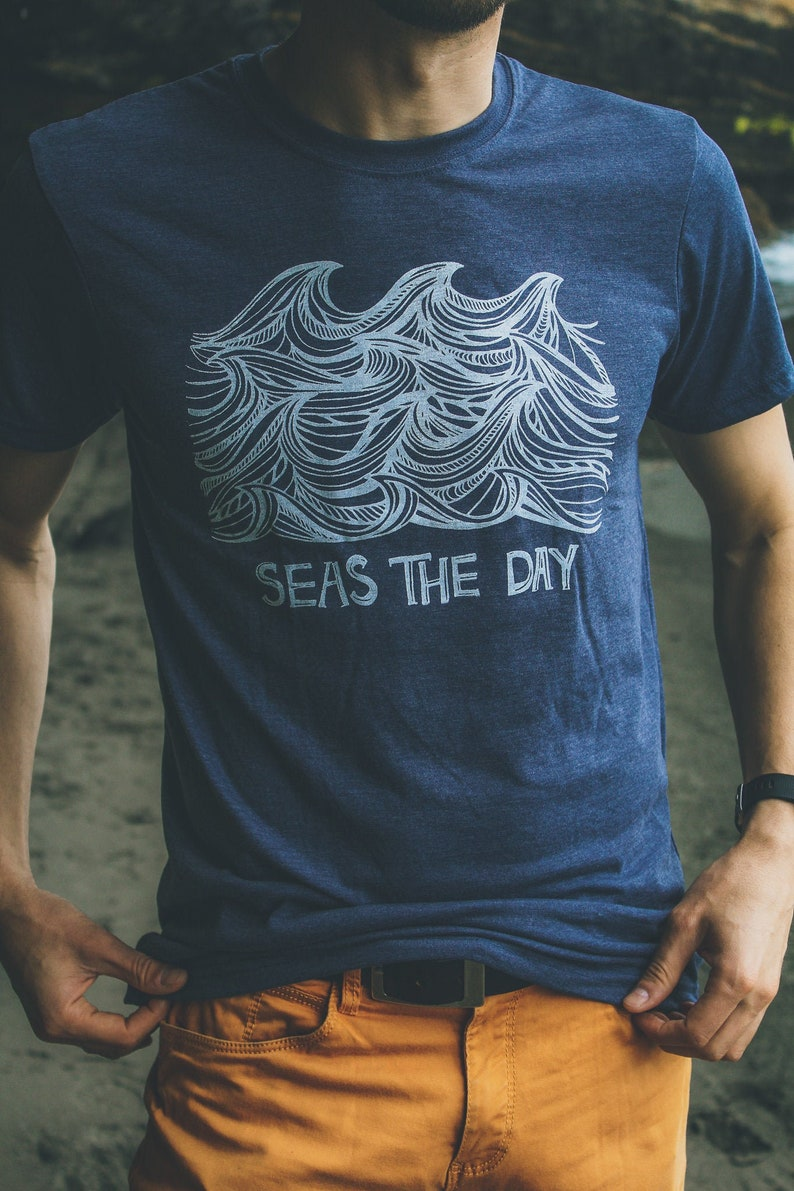 Mens SEAS The DAY Tee Navy Tshirt. Sustainable Clothing. image 0