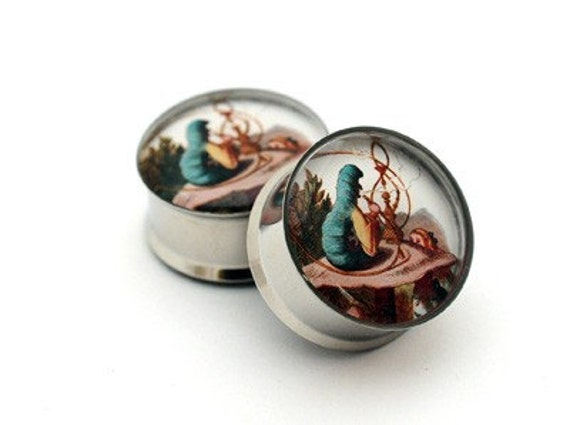 Mystic Metals Body Jewelry Alice in Wonderland Picture Plugs Style 4-7//8 Inch Sold As a Pair 22mm