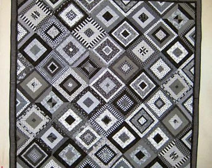 Black and White Delight Quilt