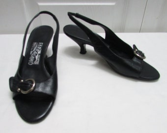 a5a952503a2f Vintage Salvatore Ferragamo Made in Italy Gancini Black Leather Open Toe  Sling Back Shoes Heels Pumps Size 6 B