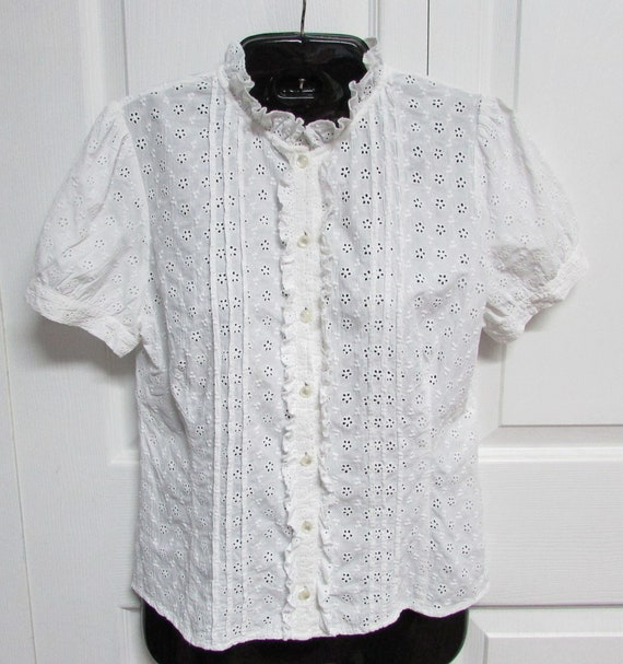White Cotton Eyelet Top, Size S-M, Cotton Eyelet S