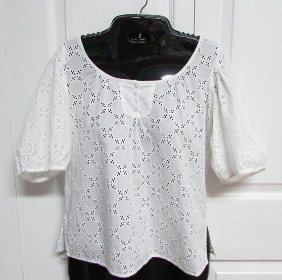 White Cotton Eyelet Top 2P by Ann Taylor Loft Peti