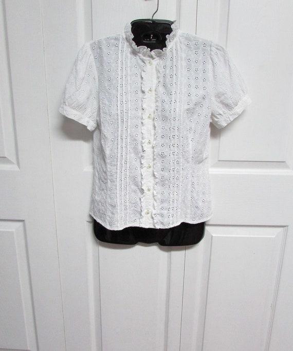 White Cotton Eyelet Top, Size S-M, Cotton Eyelet S