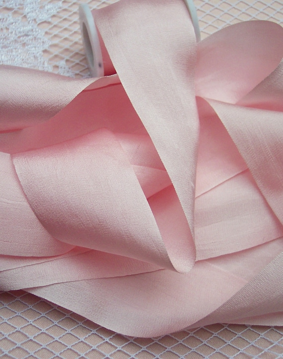 "100/% PURE SILK  RIBBON 36MM 1 1//2/"" WIDE ~ BLUSH//BISQUE ~COLOR ~ 20 YRDS"