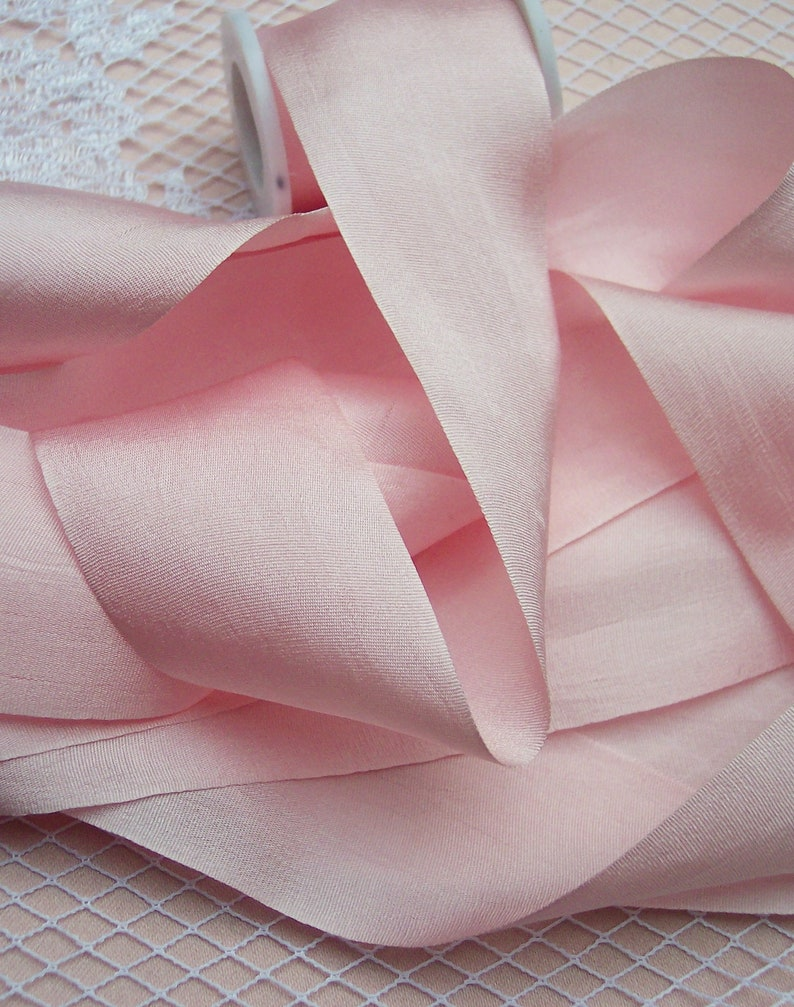 """100/% PURE SILK  RIBBON 36MM 1 1//2/"""" WIDE ~IVORY ~COLOR ~ 5 YRDS"""