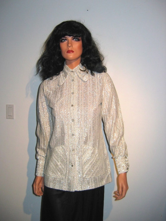 Vintage HOT, 60's Silver Lurex Blouse or tunic.  R