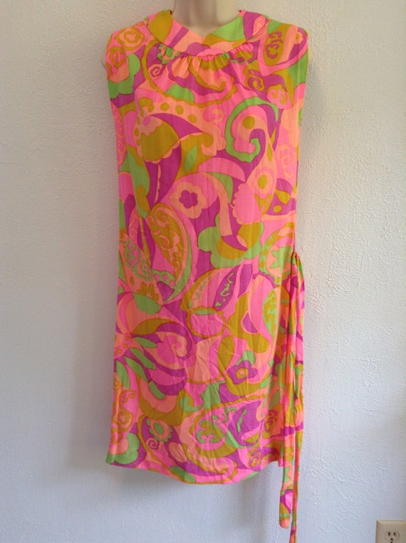 Psychedelic print dress. Vintage 1960 New old sto… - image 2