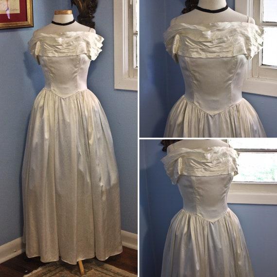 Forties Era Cream Silk Off The Shoulder Debutante