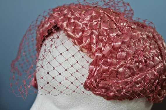 Fifties Era Pink Rattan Woven Band Hat With Veil,… - image 6