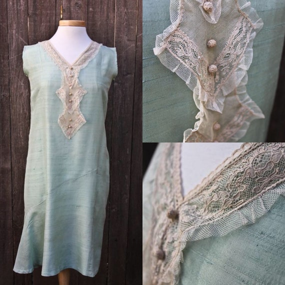 Gorgeous Antique Mint Green Raw Silk and Cream Lac