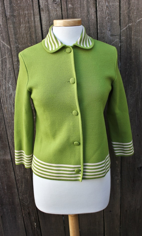 Vintage Apple Green Virgin Wool Peter Pan Collar C