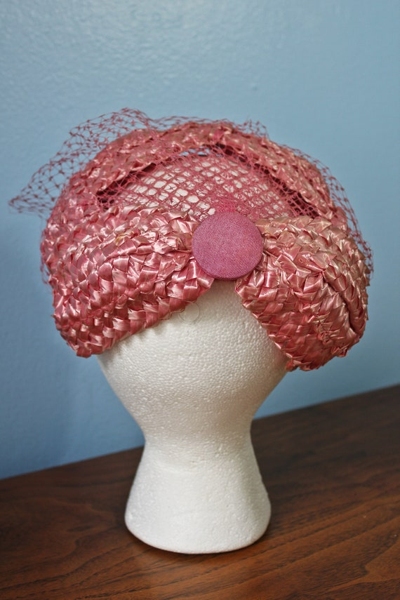 Fifties Era Pink Rattan Woven Band Hat With Veil,… - image 3