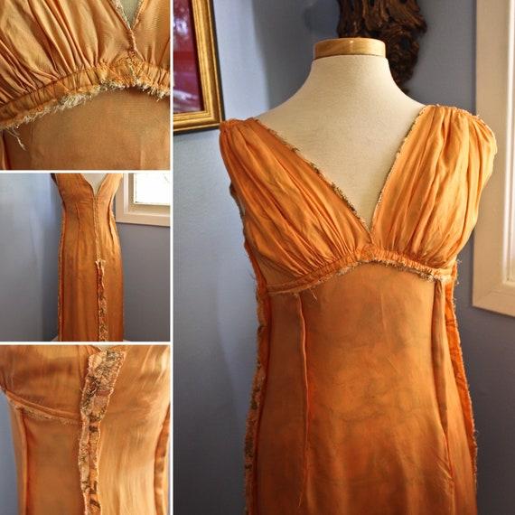 Metallic Gold and Orange Silk Eyelet Style Sleevl… - image 6