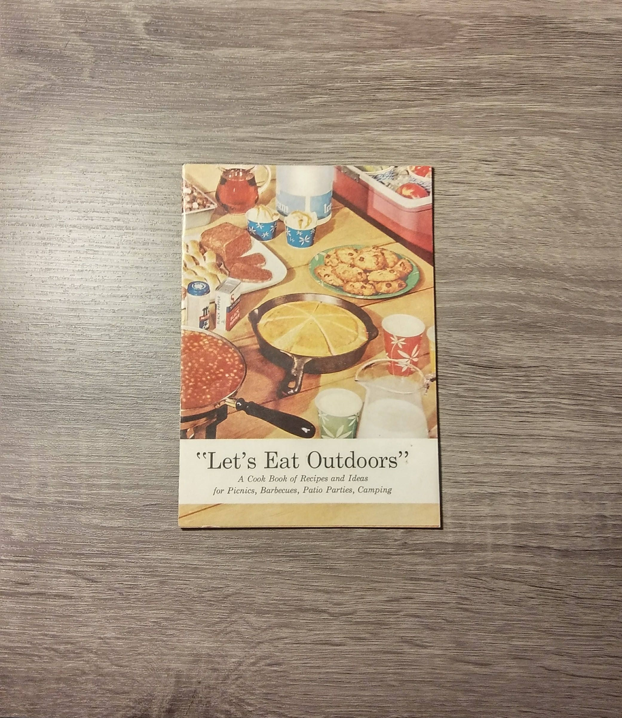 Vintage 1950s Lets Eat Outdoorsa Cookbook Of Recipes And Etsy Cheesemis Cakes Zoom