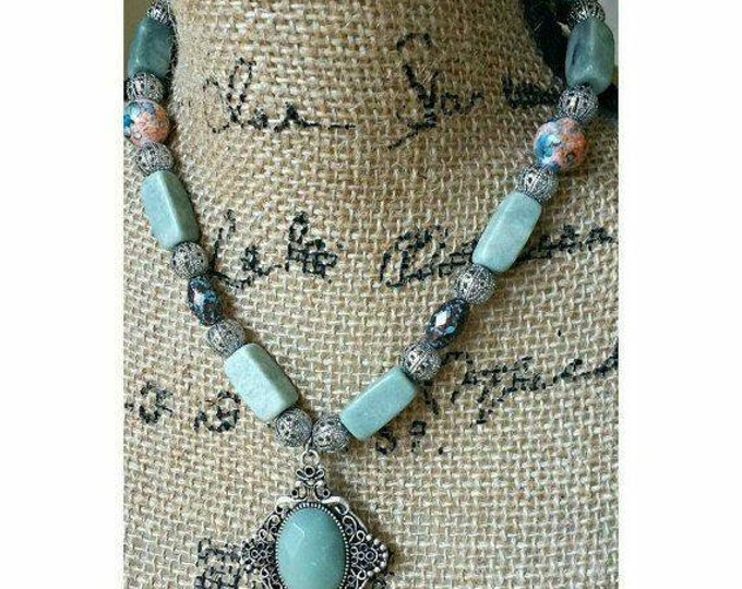 Boho green stone necklace with pendant, earthy green beaded necklace, rustic green marble stone necklace, southwestern bead necklace