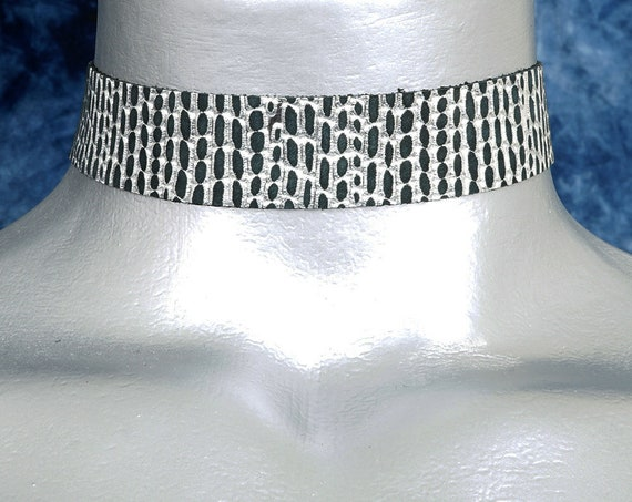 Silver Rain Embossed Black Leather Choker Necklace