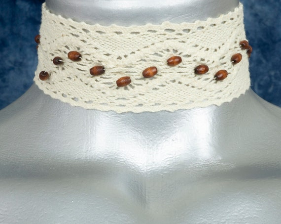 Off-White Natural Boho Wood Bead Cotton Cluny Lace Choker Necklace