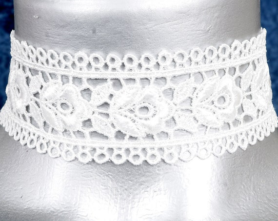 Wide Rose White Lace Choker Necklace