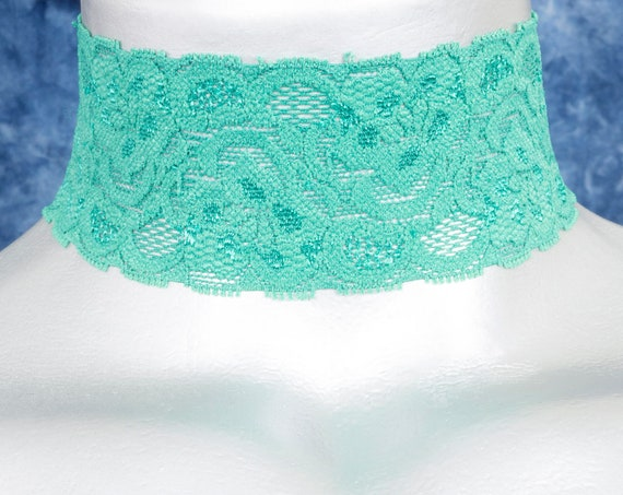 Wide Floral Green Stretchy Elastic Lace Choker Necklace