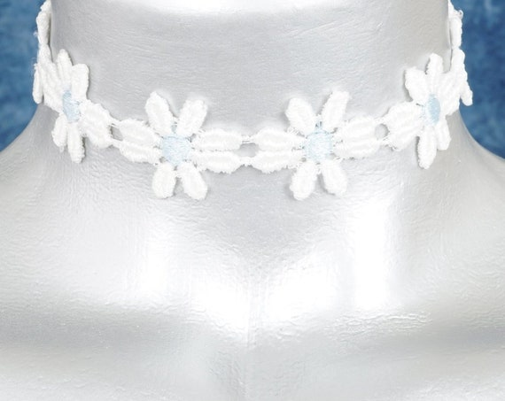 White Daisy with Blue Center Lace Choker Necklace