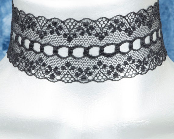 Wide Black Scalloped Galoon Lace Choker Necklace