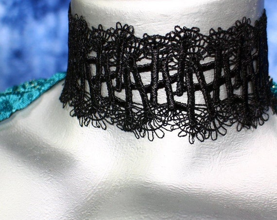 Wide Black Wispy Lines Lace Choker Necklace