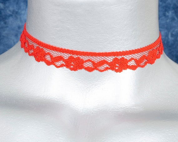 Thin Scalloped Red Floral Lace Choker Necklace