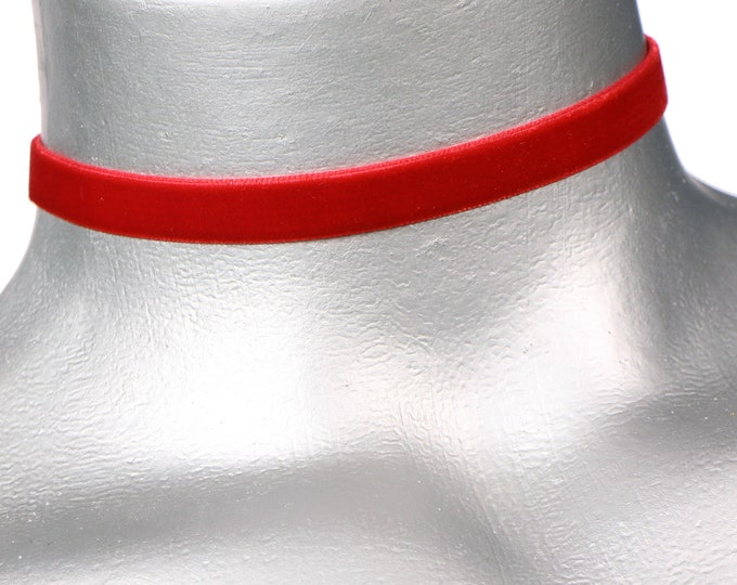 Plain Red Velvet Choker - 10mm - Adjustable