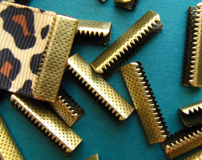 16 pieces 22mm or 7/8 inch Antique Bronze No Loop Ribbon Clamp End Crimps