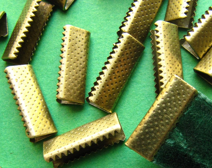 16 pieces 16mm or 5/8 inch Antique Bronze No Loop Ribbon Clamp End Crimps