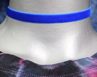 Thin Royal Blue Velvet Ribbon Choker Necklace (10mm)