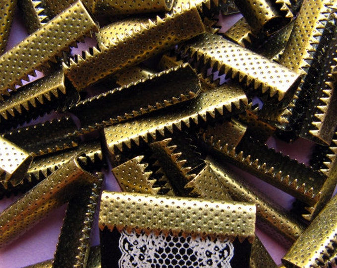 50 pieces 25mm (1 inch) Antique Bronze No Loop Ribbon Clamps Dots Series