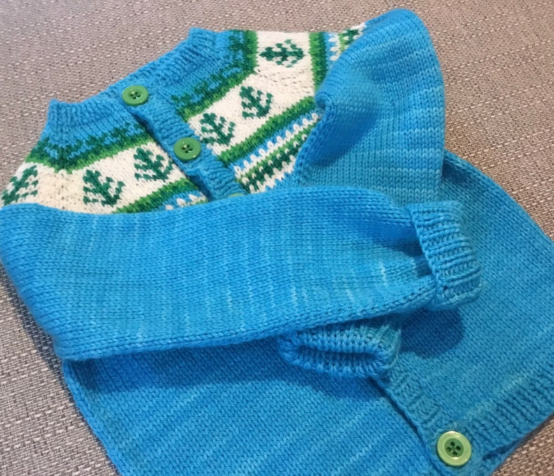 ready to post turquoise green toddler knit Hand knit Christmas tree buttoned cardigan
