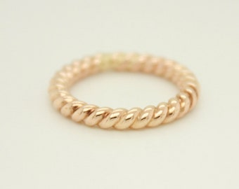 Christmas gift, Twisted Gold Ring, thick twisted gold filled ring, gift for teen girl, gift for her, holiday jewelry, christmas gift
