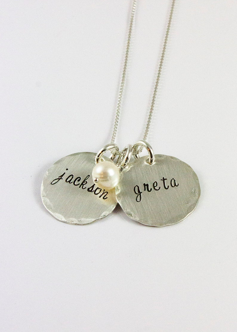 Classic Kids Names Necklace Mom gift grandma gift Personalized Name Necklace Sterling Silver and Pearl Necklace with Names handstamped