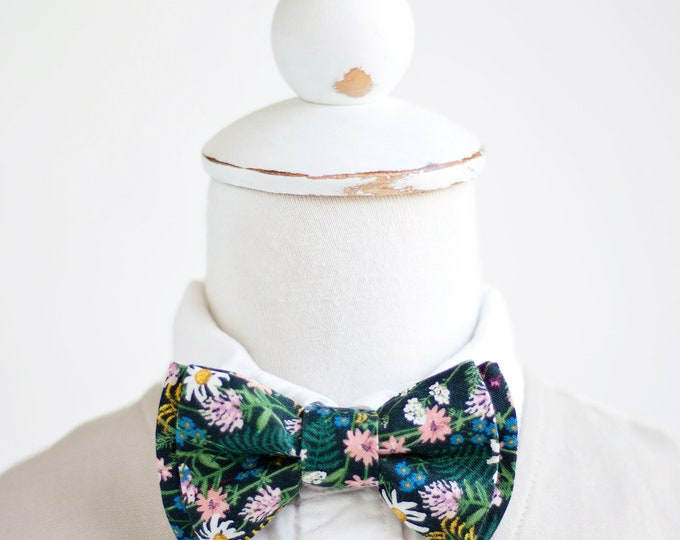 Ring Bearer Baby Bow Ties Rifle Paper Co Bow Ties Boys Bow Ties Bow Tie Wedding Bow Ties Wildflowers In Hunter Bowties