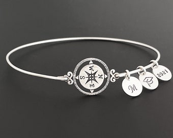 Personalized Graduation Bracelet 2021 for Daughter Best Friend Her College Graduation Gift for Daughter Sister Best Friend College Grad Gift
