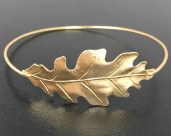 Oak Leaf Bracelet Gold Tone Leaf Bangle Nature Jewelry for Women Fall Bridesmaid Jewelry Autumn Fall Bridesmaid Gift Fall Wedding Jewelry