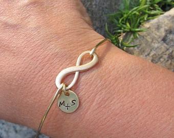 Personalized Gift for Her Valentines Day Gift Girlfriend Bracelet Mini Infinity Bracelet Couple Initial Valentines Day Jewelry Gift for Her