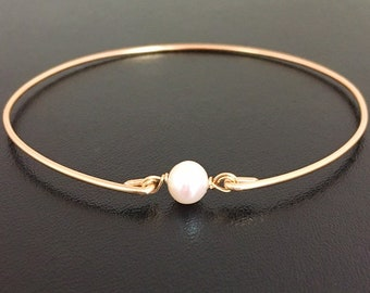 Cultured Freshwater Pearl Bracelet Dainty Pearl Bracelet Bangle Dainty Pearl Jewelry Simple Bridesmaid Gift Idea Simple Bracelet for Wedding